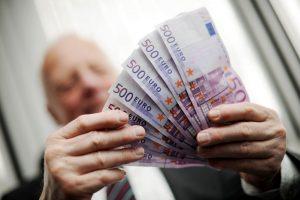 Societally Balanced Bonuses